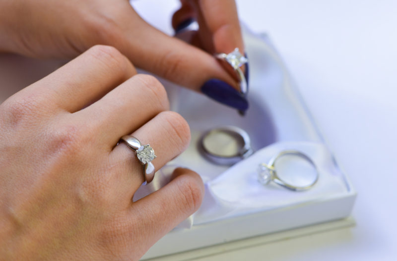 20 Foolproof Ways to Pick a Ring She Loves