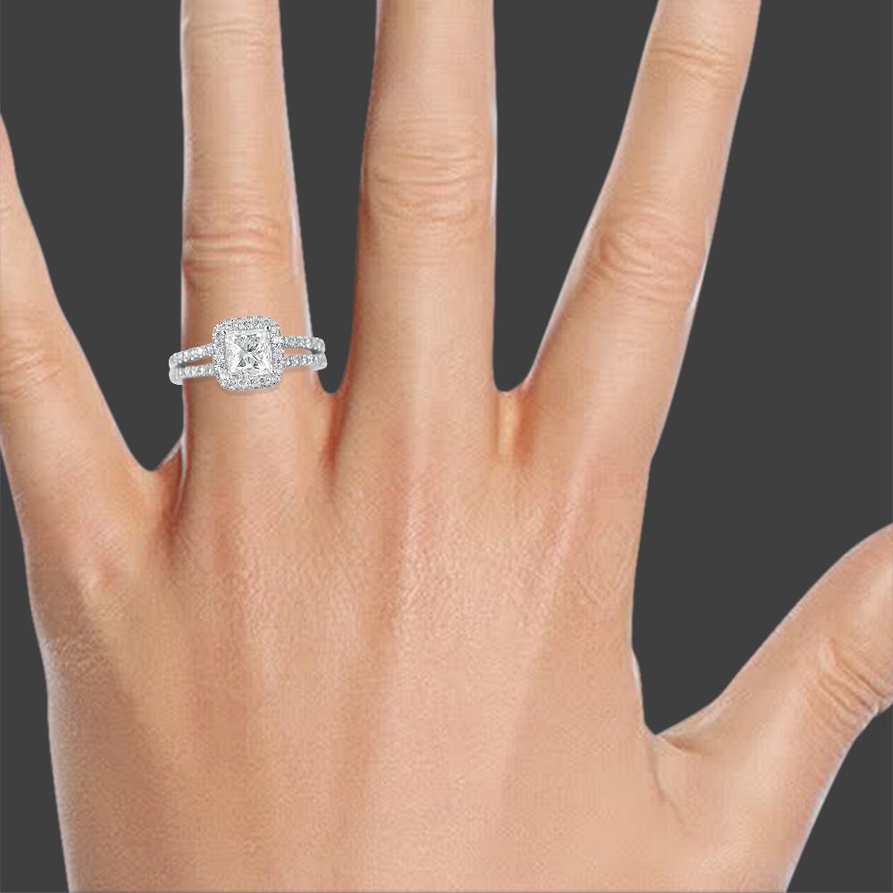 W Karat Round Cut Wedding Ring